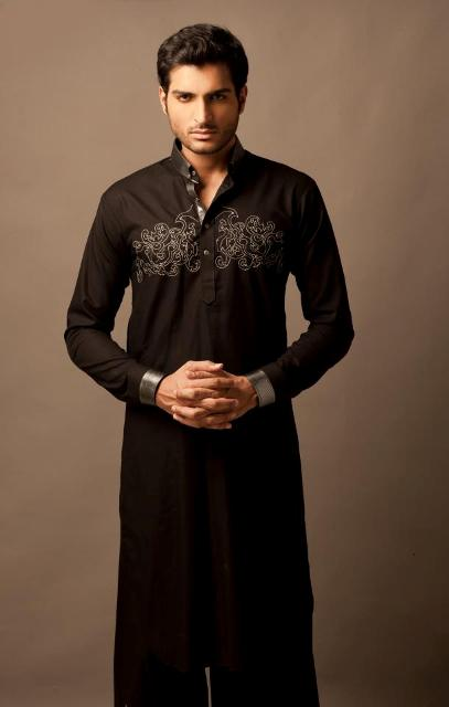 Simple black mehndi kurta designs for grooms