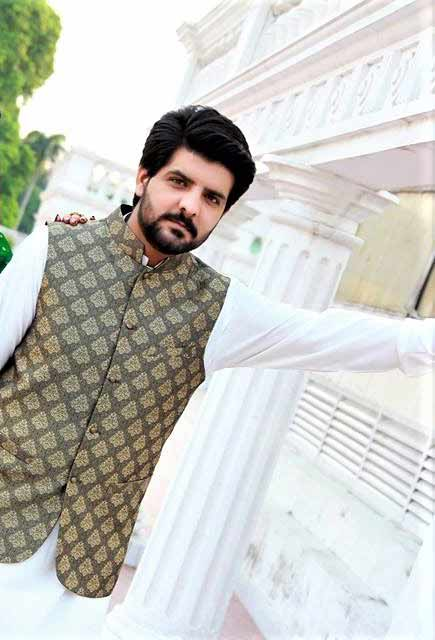 Latest white kurta with green waistcoat for groom