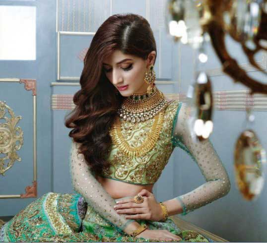 Latest party wear jewelry for women in Pakistan