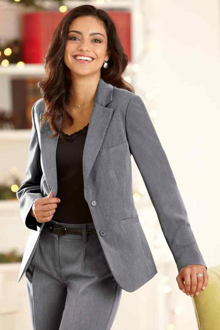 Best grey office attire for women in Pakistan