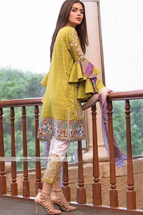 Eid fashion trend for bell sleeves