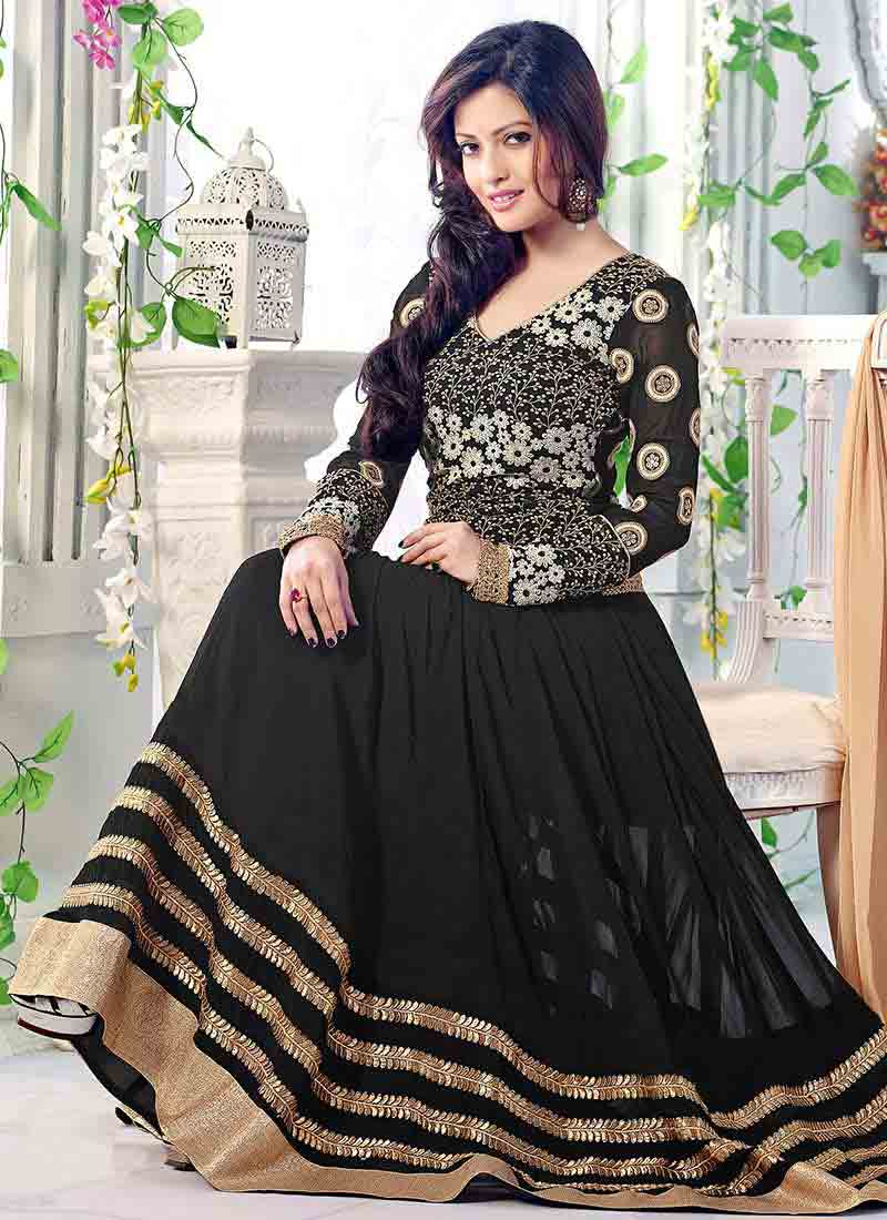 Latest black anarkali frock style for pear body type
