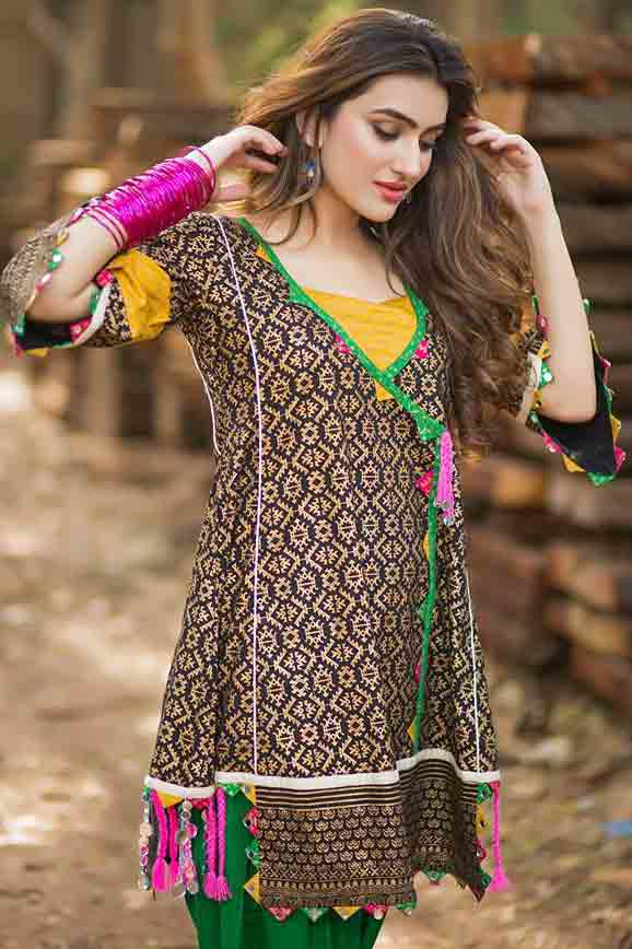 Latest Pakistani angrakha style shirt designs for pear body