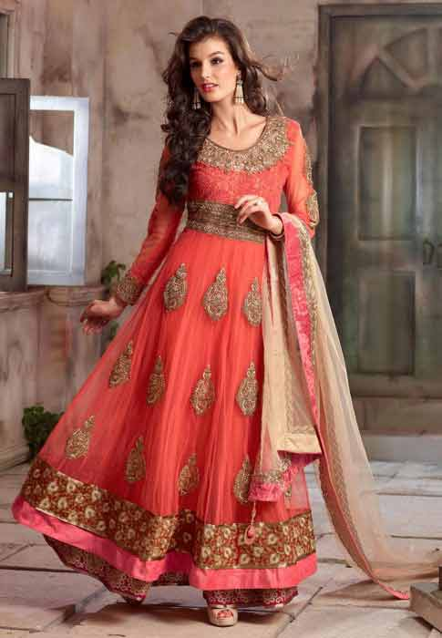 Pakistani peach anarkali frock style for pear body
