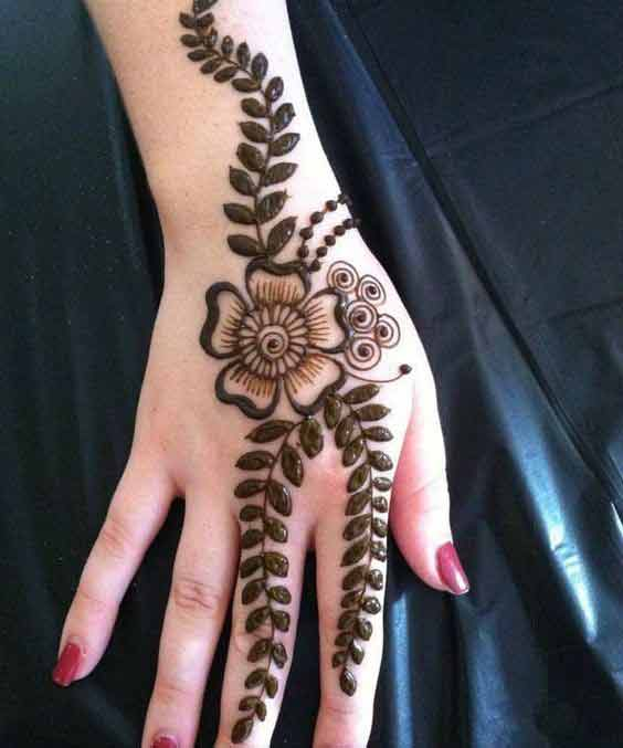 Latest one flower mehndi designs for Eid