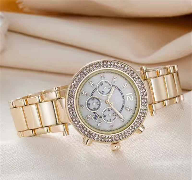 Wrist watch fashion tips for Eid