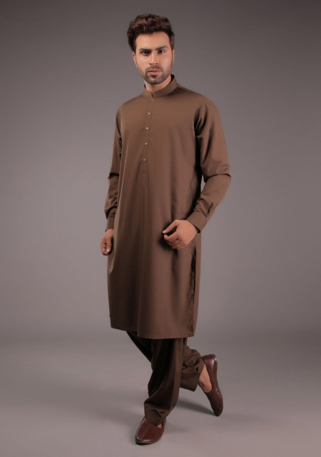 Latest brown kurta for Eid namaz