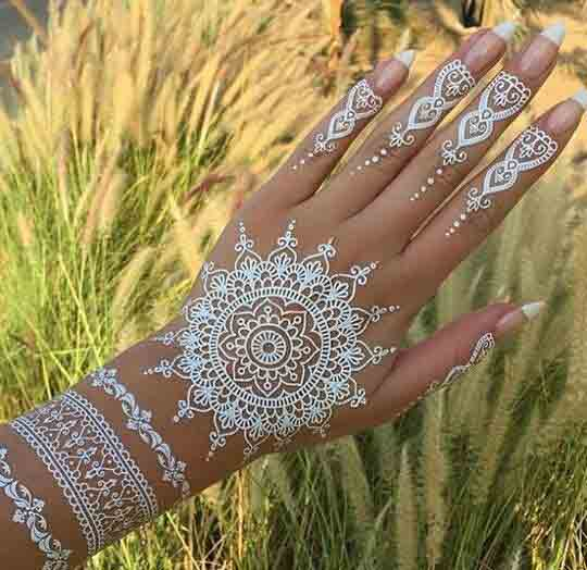 Gol tikki white mehndi designs for hands