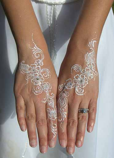 Easy white henna designs with glitter for both hands