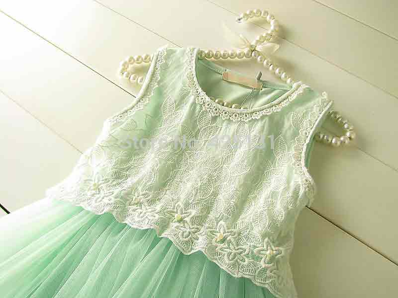 Green lace frock for 14 august in Pakistan