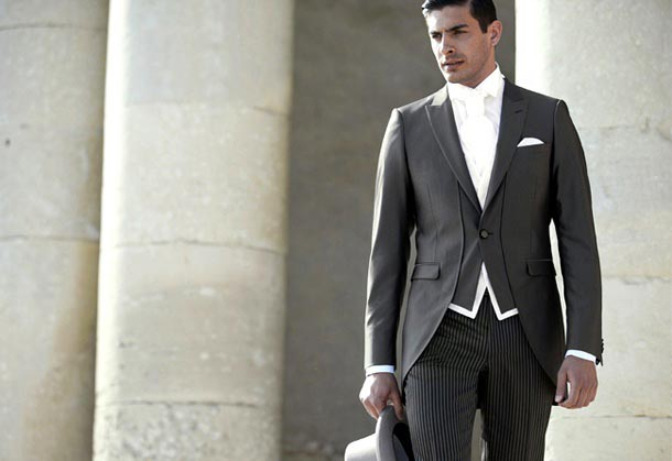 Dark grey wedding suit for men