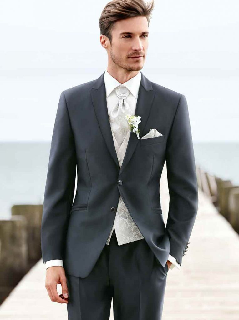 Grey suit with white shirt for groom