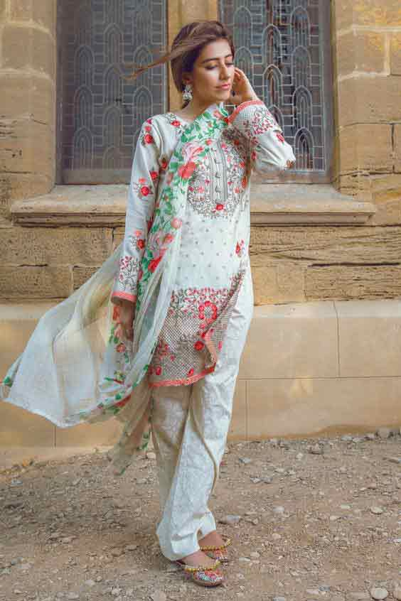 White kameez shalwar stitching designs in Pakistan