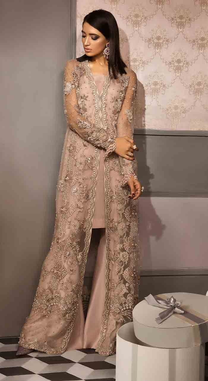 Stitching style of front open gown in Pakistan