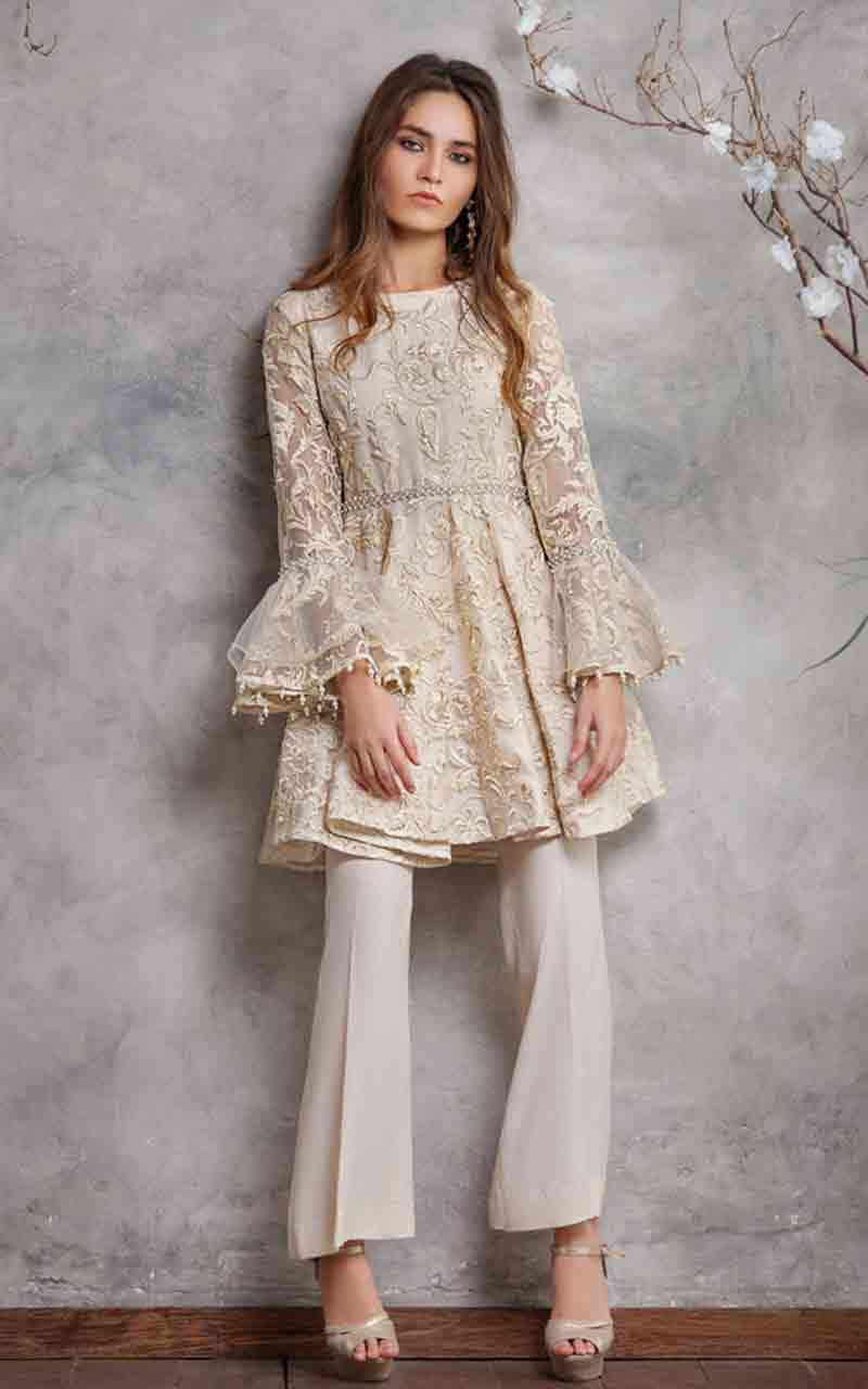 Pakistani peplum stitching style for girls