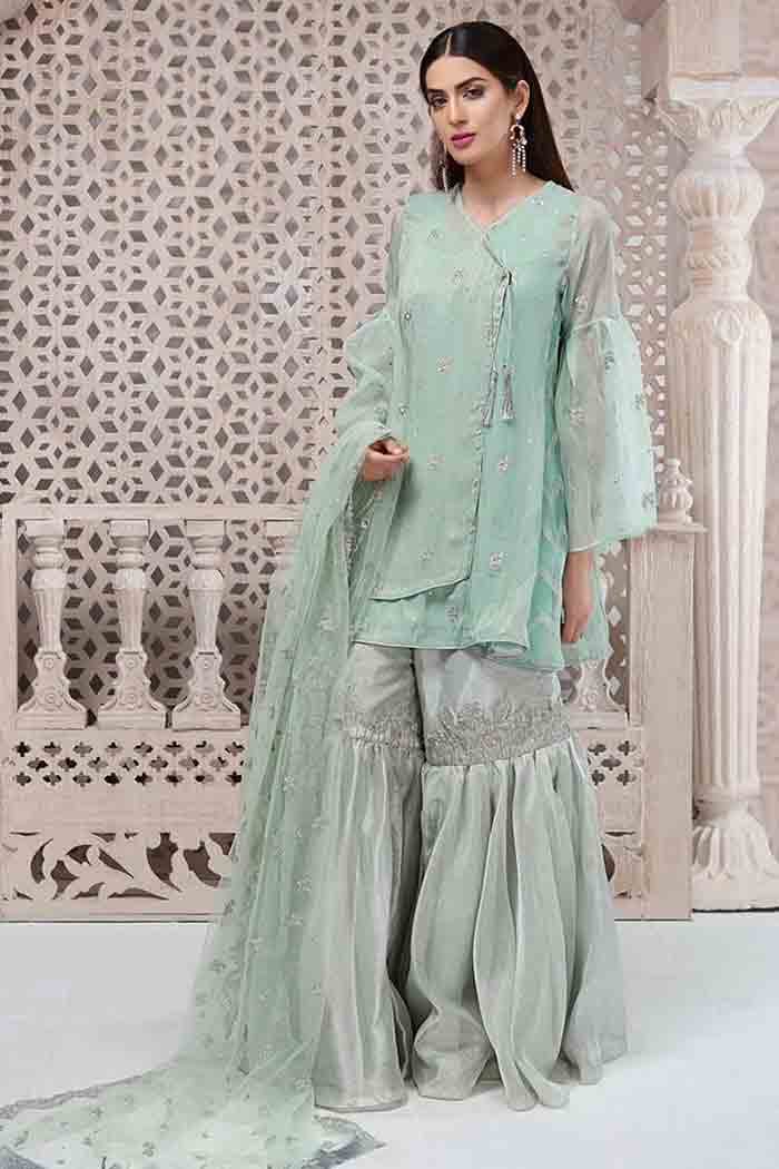 Stitching style of angrakha frock for Pakistani girls