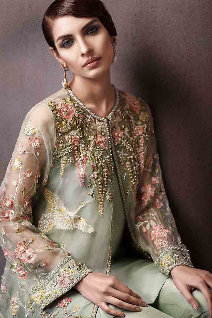 Stitching style of party dress in Pakistan