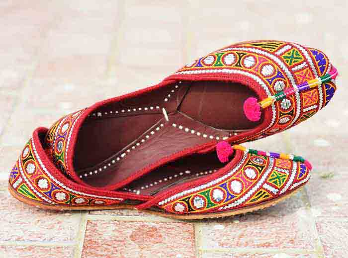 Multicolor embroidered khussa designs for girls