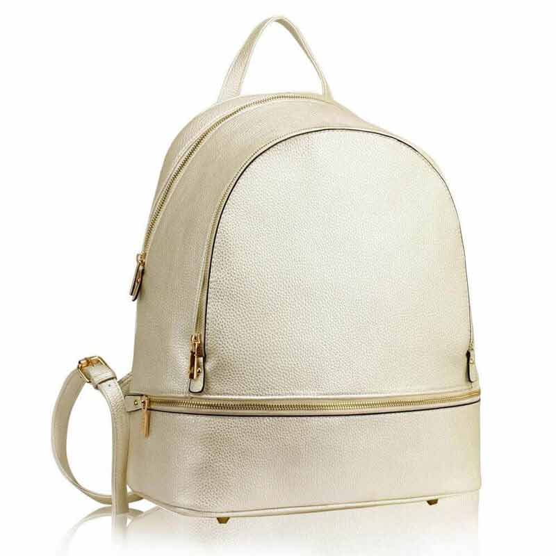 White handbag for ladies in Pakistan
