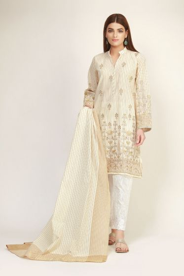 Latest off white kameez with trousers by Khaadi