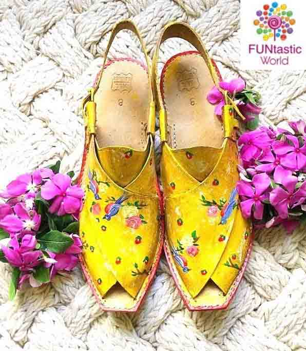 Yellow peshawari chappal in Pakistan