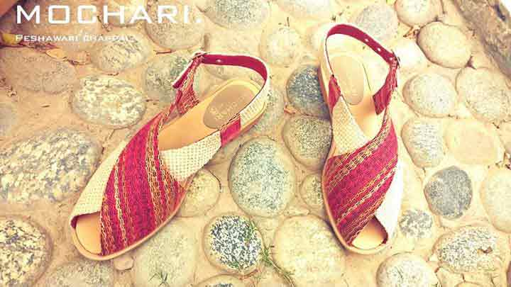 Red peshawari chappal for ladies