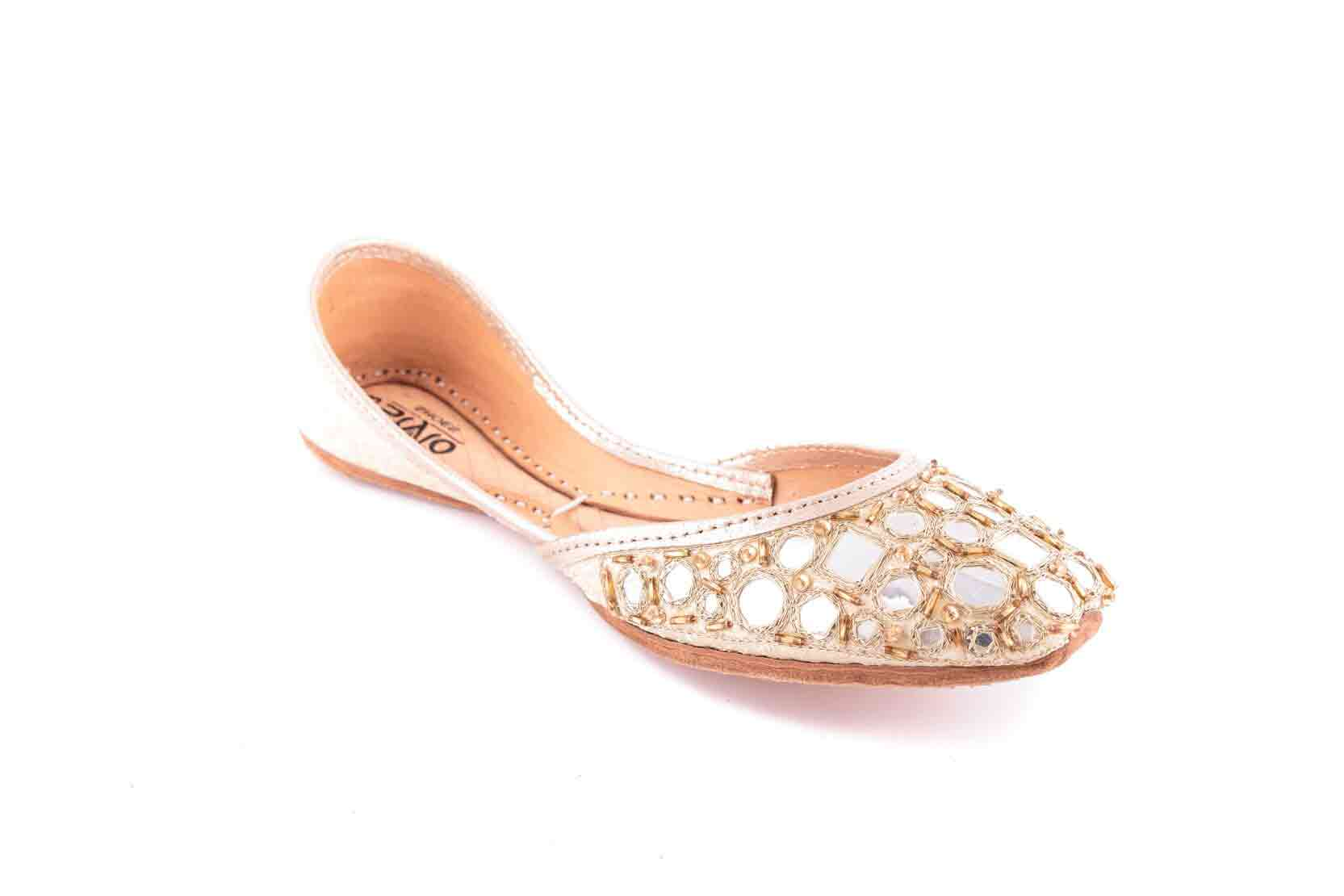 Fancy khussa by stylo shoes Eid collection