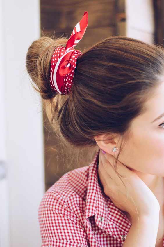 Head scarf hair bun style