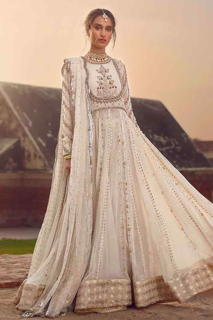 White pishwas for wedding