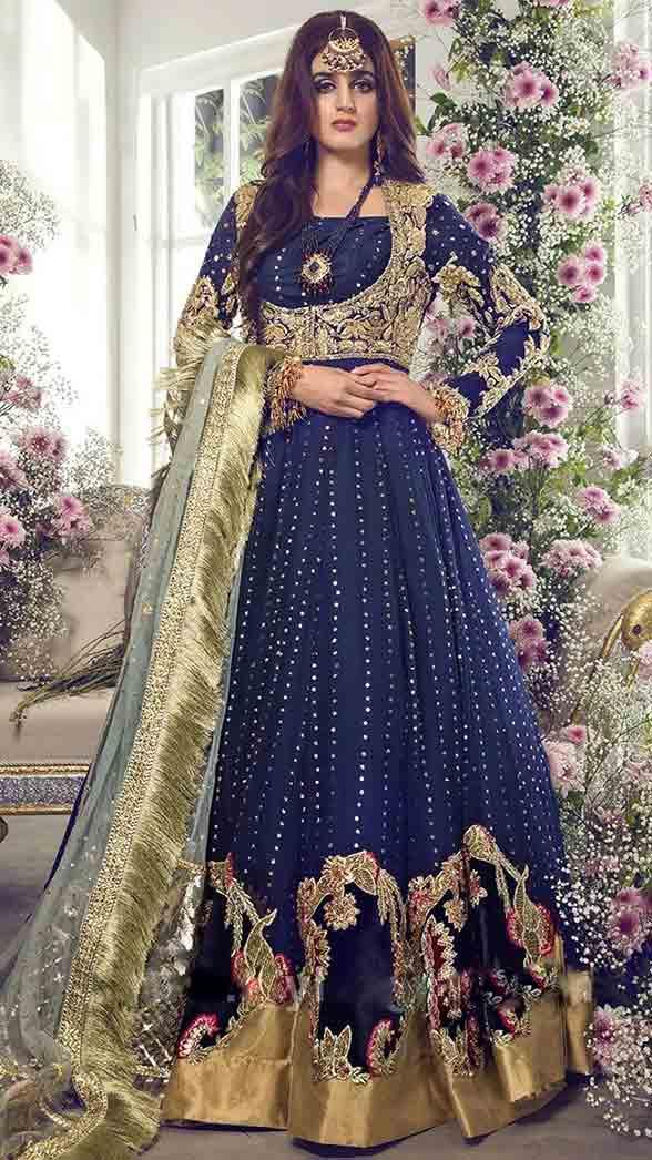 Hira mani in blue pishwas